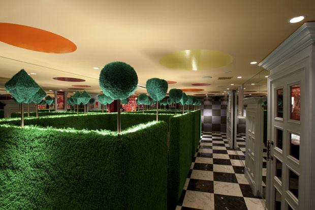 Alice-in-wonderland-restaurant-tokyo-7