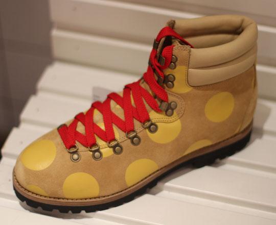 Adidas-jeremy-scott-fw11-hiking-boots-2